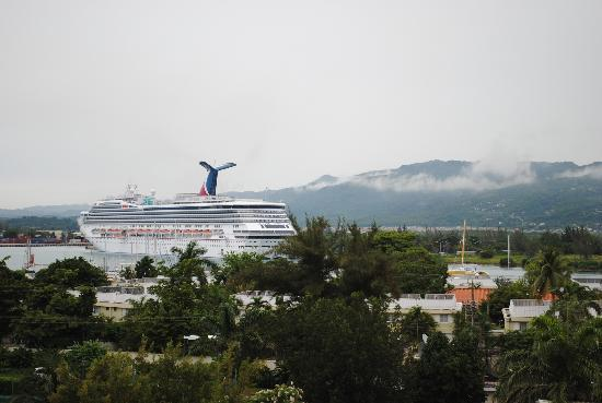 Sunscape Splash Montego Bay : View from my Room of the Carnival