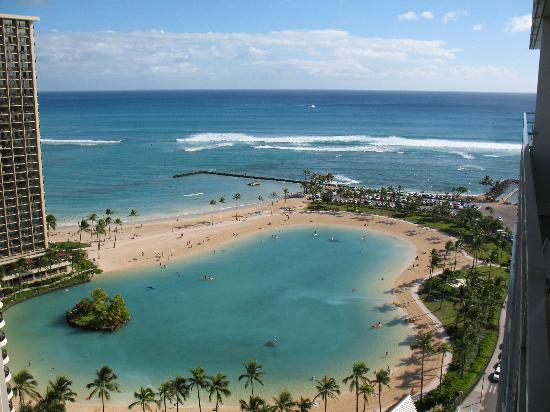 Ilikai Hotel & Luxury Suites: The view from our room
