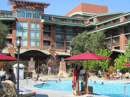 Disney's Grand Californian Hotel & Spa: Pool Area
