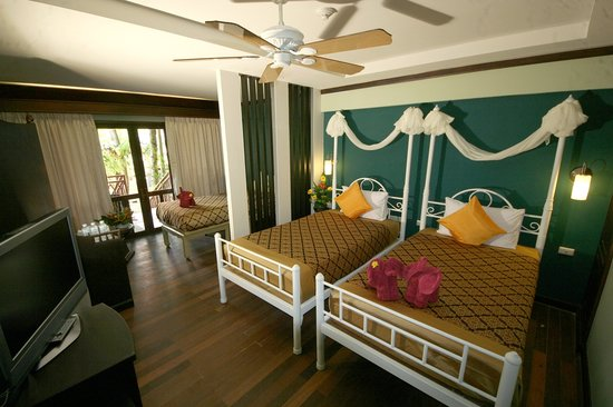 Aonang Ayodhaya Beach Resort: Superior Room at Success Wing