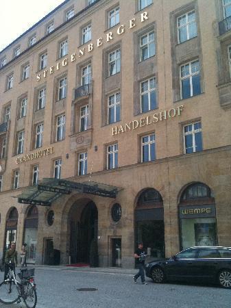 Steigenberger Grandhotel Handelshof: exterior