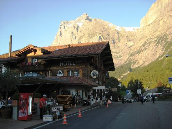 Chalet Hotel Steinbock: Hotel Steinbock getting ready for street festival