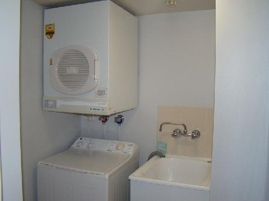 Founda Gardens Apartments : Fully self contained laundry
