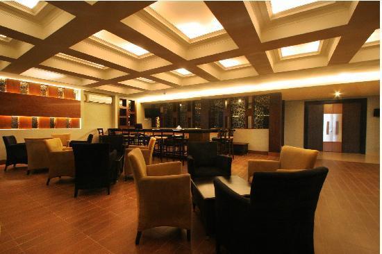 Dafam Hotel Cilacap: Orchid Lounge Bar