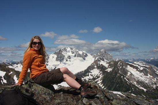 Selkirk Mountain Experience Lodge: Durrand Glacier: View from the top of FronAlp