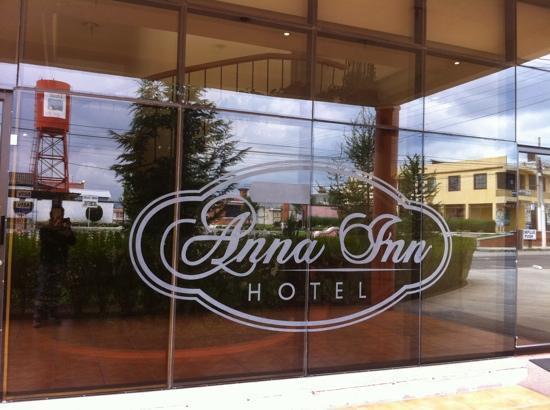Anna Inn Hotel: the entrance