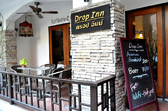 Drop Inn Bangkok: outdoor