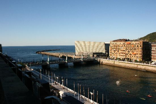Hotel Maria Cristina, a Luxury Collection Hotel, San Sebastian: View from terrace
