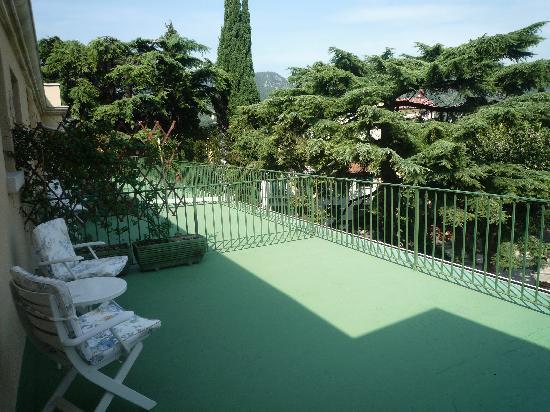 Hotel Terminus: Large balcony