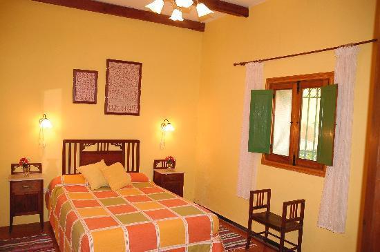 Casa El Zumacal: Dormitorio