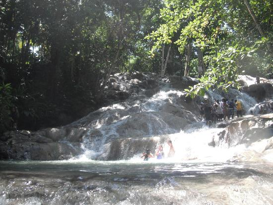 Dunn's River Falls and Park: Stunning