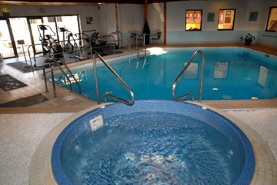 Chichester Park Hotel: Swimming Pool