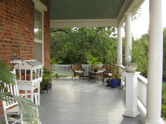 The Reynolds Mansion: Side Porch