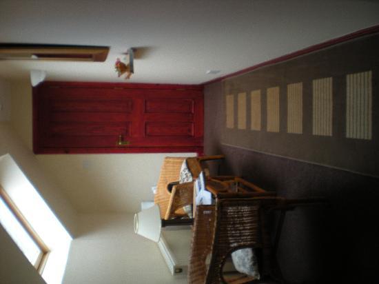 Dunhallin House: Il piccolo ingresso-saloncino