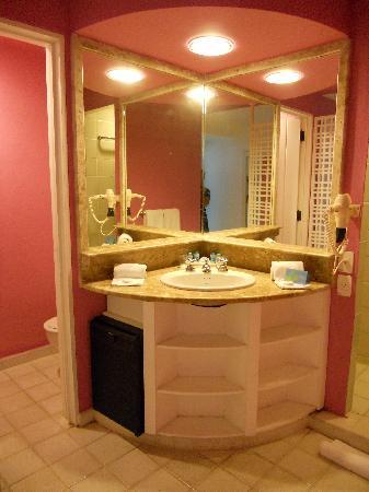 Club Med Rio Das Pedras: baño de la habitacion