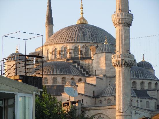 Dersaadet Hotel Istanbul: Istanbul-4-Hotel-Dersaadet-vue-Mosq-Bleue