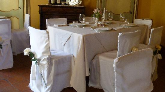 Attention to every details in one of the dining rooms at La Contea