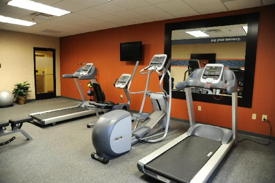 Camber Inn: Fitness Center featuring Precor equipment