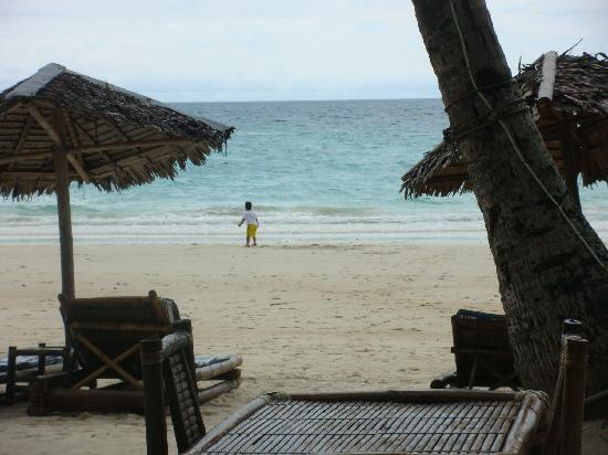 Blue Mango Inn: your very own beach front 24/7