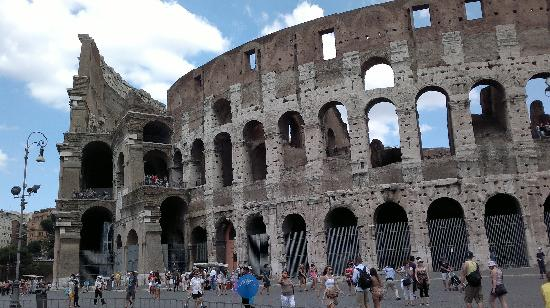 Hotel Andreina: 20 mins walk from hotel to Colosseum
