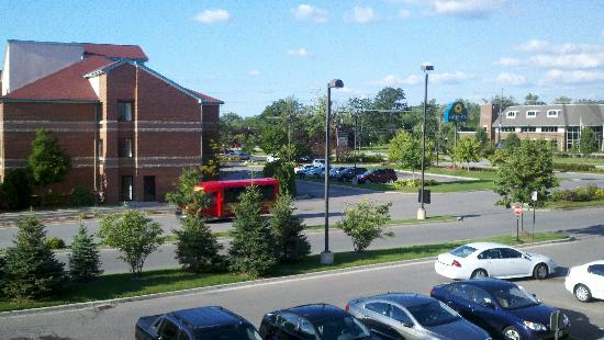 Fairfield Inn & Suites Detroit Metro Airport Romulus: View from my room pic #2