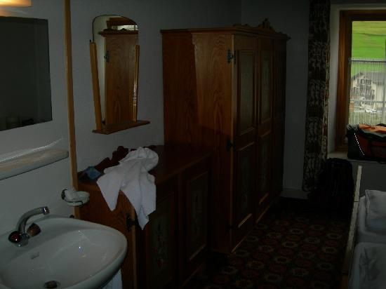 Hotel Piz Ela: tha same doble room