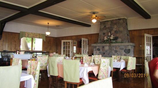 HOF Restaurant