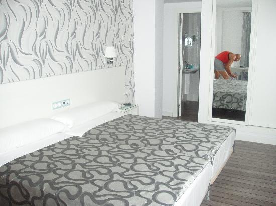 Hotel La Boutique Puerta Osario: las camas