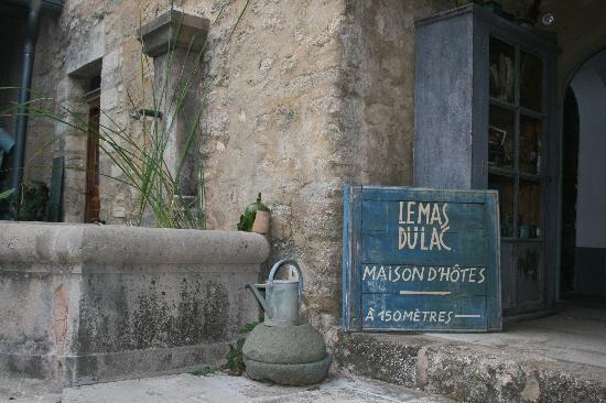 Узе, Франция: Der Eingang