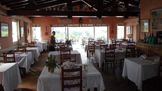 Itxassou, Francia: dinning room