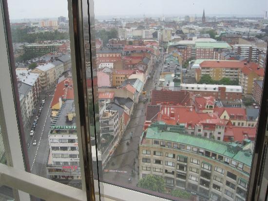 Scandic Triangeln: Utsikt 8 Vån från Hissen