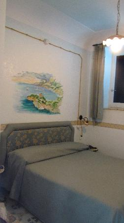 Locanda Costa d'Amalfi: The Room