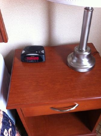 Days Inn - Moose Jaw: hope phone doesn't run out of power. thought there would be a docking station.