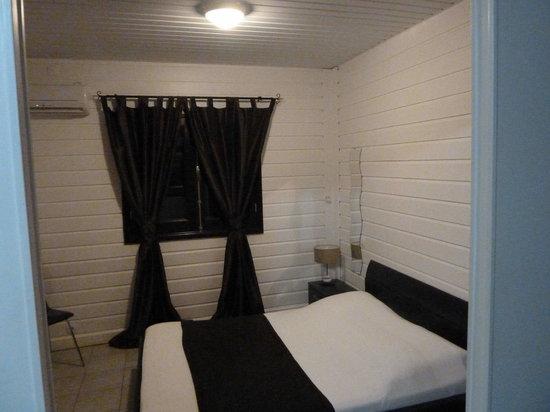 Hotel Balourou : la chambre