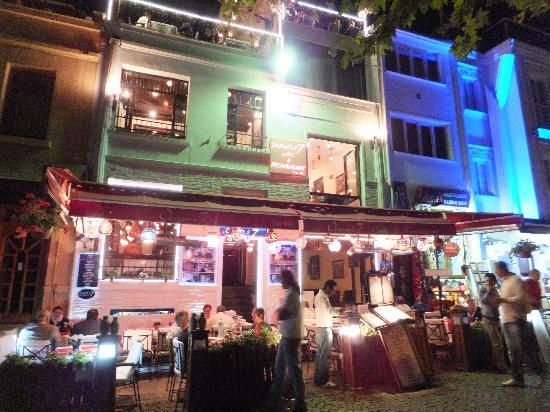 Oceans 7  Restaurant: Night food