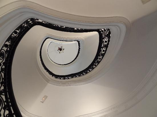 AC Palacio Del Retiro, Autograph Collection: Grand Staircase