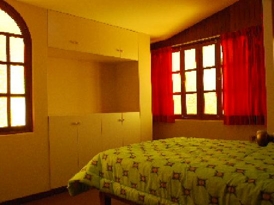 Mi Casa Backpackers : Double Room  with shared bathroom