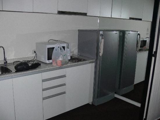 โรงแรมเท็นเฟซกรุงเทพฯ: Room with kitchen