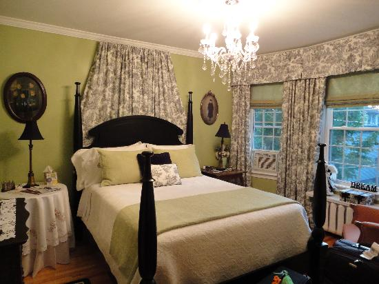 Colby House Bed & Breakfast : The Gabriel Room