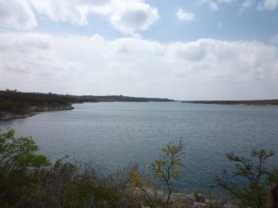 Laguna Diablo Resort: Lake Amistad