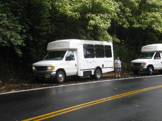 Valley Isle Excursions: Debra and the Valley Isle Van