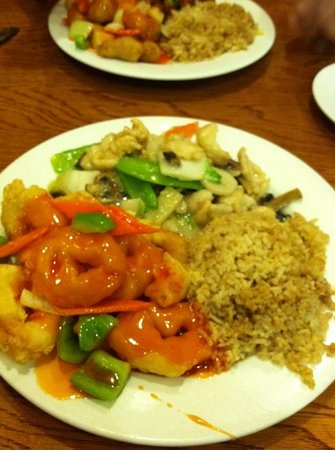 Dragon Treasure Chinese Restaurant