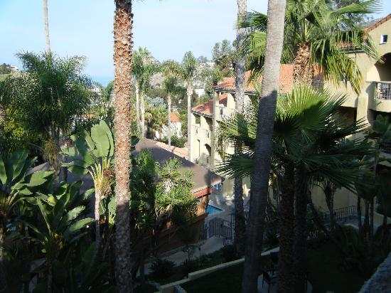 Catalina Canyon Resort & Spa: View from our balcony on the fifth floor