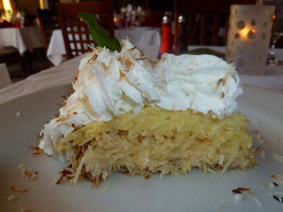 Scott's on 5th: Coconut pie