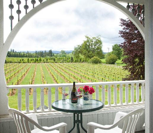 Joseph Mattey House : Balcony & Vineyard