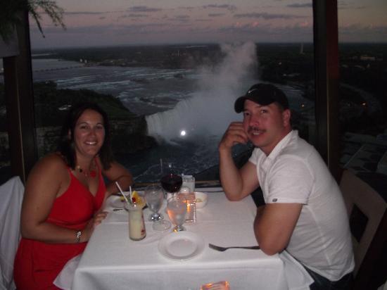 Skylon Tower: Enjoying the view!