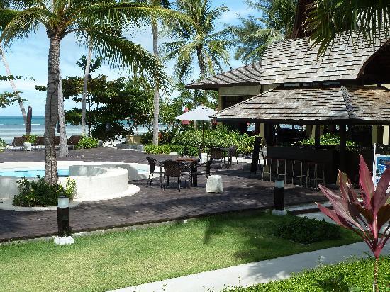 The Passage Samui Villas & Resort: Relaxing bar setting