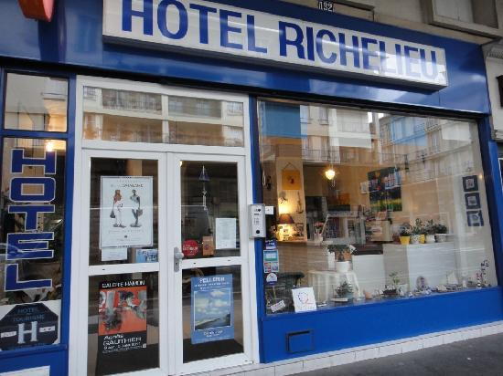 Le Richelieu : ホテル外観