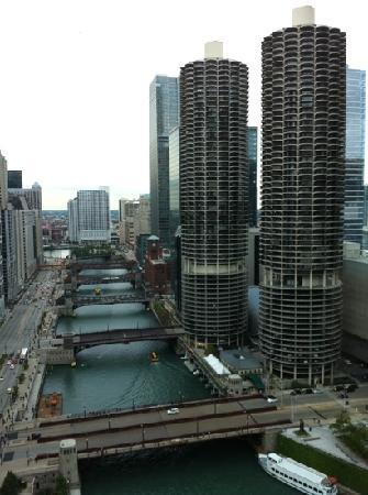 Wyndham Grand Chicago Riverfront: view from the room