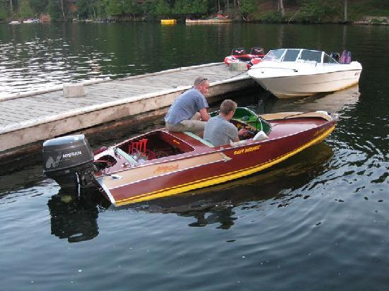 The Waubic: Cottagers coming for dinner!